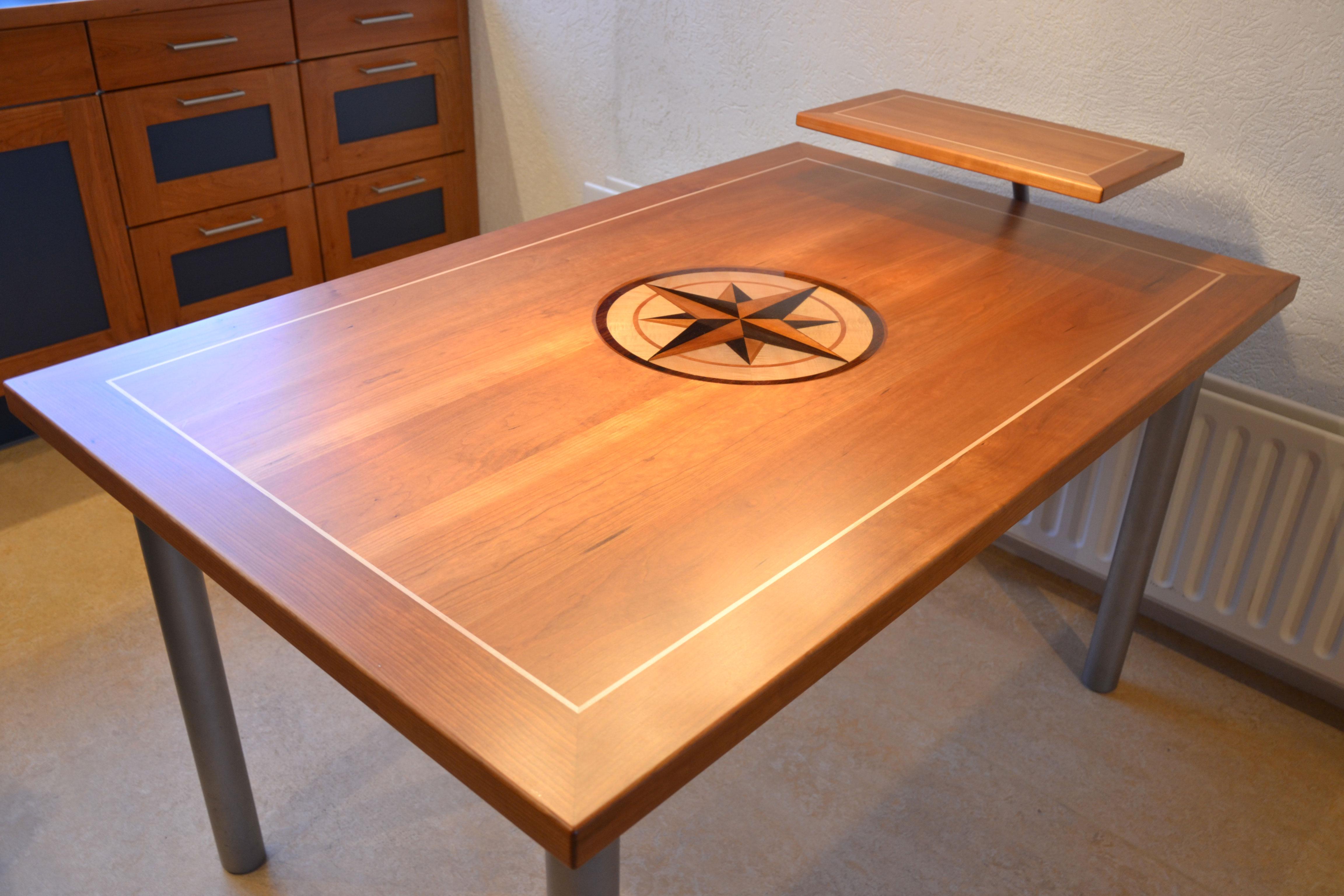 Keuken Design Enkhuizen : Eettafel met 3D windroos – Hout en Meubeldesign Enkhuizen